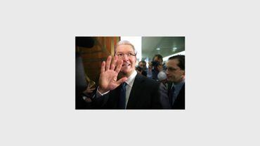 Le patron d'Apple, Tim Cook, le 21 mai 2013 à son arrivée au Sénat