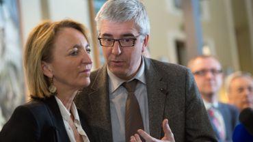 """Michèle Sioen, présidente du """"groupe des 10""""  avec Pieter Timmermans, CEO de la FEB."""