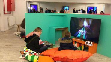En plus du cinéma, le Quai 10 a développé une section gaming vidéo.