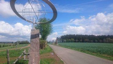 Idéal à faire en famille : le Sentier des Planètes, qui permet de visualiser la distance des planètes et leur taille par rapport au Soleil