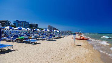 Après l'annonce de la réouverture de ses frontières, l'Italie prépare ses plages à un été à l'abri du coronavirus