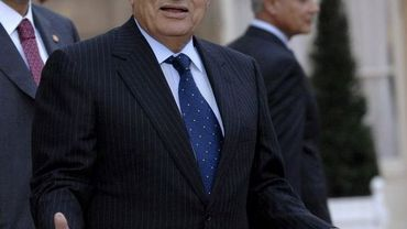 Hosni Moubarak lors d'une visite en France en 2008