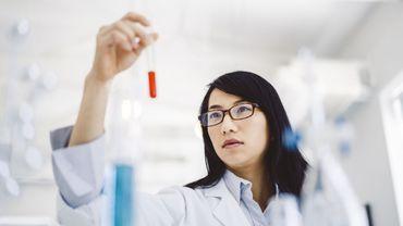 Un test sanguin peut prédire une naissance prématurée, selon une étude