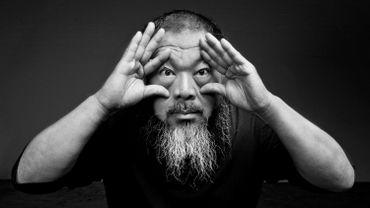 Ai Weiwei est connu pour son travail critique vis-à-vis de l'Etat chinois. Il fait actuellement l'objet d'une rétrospective à Londres.