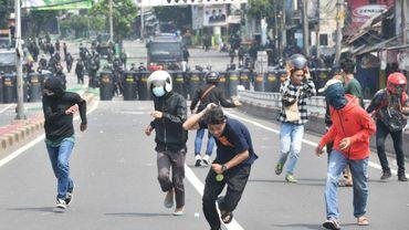 Heurts entre forces de l'ordre et manifestants, le 22 mai 2019 à Jakarta, en Indonésie.