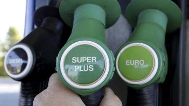 Le prix de l'essence frôle 1,5 euro le litre