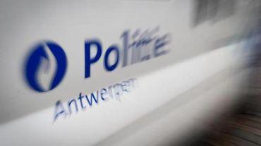 Deux citoyens pris par erreur pour des terroristes par la police d'Anvers