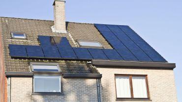 Vers la fin des certificats verts et une taxe annuelle de 45 à 50 euros en Wallonie