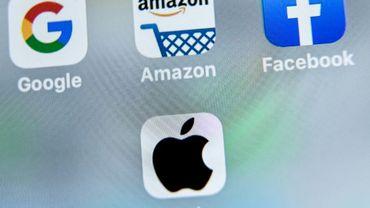 """Les logos des géants américains du numérique, Google, Apple, Facebook et Amazon visés par la taxe française, dite """"Gafa"""""""