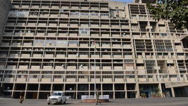 Immeuble dessiné par Le Corbusier à Chandigarh, en Inde