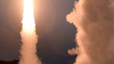 Photos du ministère de la défense sud-coréen le 29 juillet 2017  montrant les exercices militaires menés après le tir de missile nor-coréen