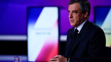 """Présidentielle française: François Fillon assure """"ne pas être fétichiste"""""""