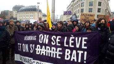 """Grève des femmes: """"On se lève et on se bat"""""""