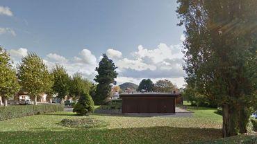 L'arrière de la mairie du Thier-à-Liège: un endroit bucolique, certes, mais à l'abri des regards....