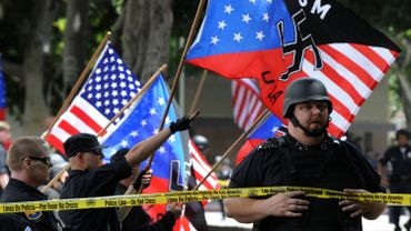 La violence d'extrême droite fait partie du paysage américain contemporain