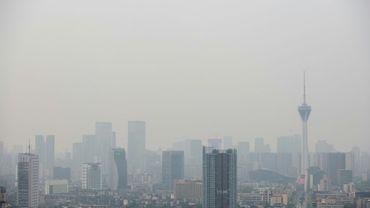 Le monde continue à rejeter dans l'atmosphère beaucoup trop de gaz à effet de serre pour limiter à 2°C l'augmentation moyenne de la température du globe