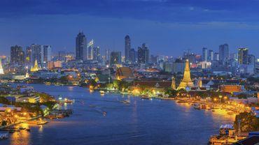 A trois heures de Bangkok, un village écolo s'éclaire au fumier