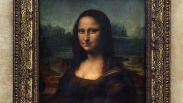 La Joconde est la curiosité touristique la plus difficile à prendre en photo, jugent les touristes français