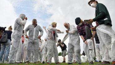 Des militants pour le climat se préparent à un entraînement, le 20 juin 2019 à Viersen (Allemagne)