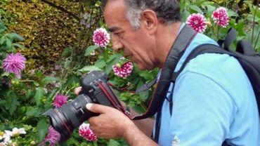 """""""Une vie venait de disparaître devant moi"""": le photographe d'Ankara a livré un témoignage inédit de l'assassinat de l'ambassadeur russe en Turquie"""
