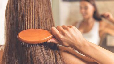 Comment lutter contre la chute de cheveux saisonnière ?