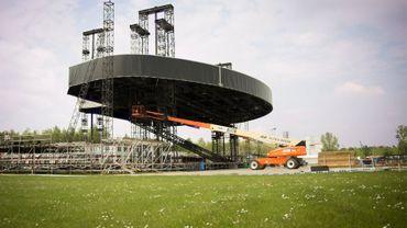 La construction de la grande scène
