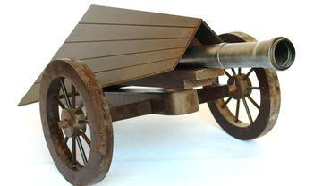 Canon avec toit à double versant imaginé par Leonardo da Vinci