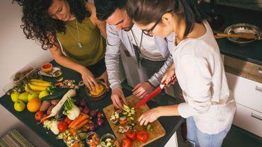 Les autres facteurs de risque de troubles de l'humeur incluent un taux élevé en phyto-oestrogènes, issus d'un régime riche en légumineuses, légumes et soja, indique l'étude.