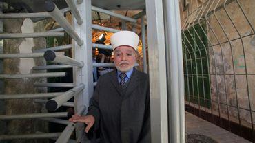 Photographie d'archive prise le 25 mars 2013, montrant le mufti de Jérusalem Mohammed Hussein à Hébron, en Cisjordanie occupée