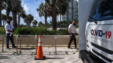 Un homme de Floride a été arrêté pour avoir utilisé son arme lundi dans le hall d'un hôtel de Miami Beach.