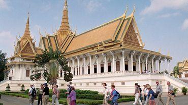 Le Palais royal, passage obligé des touristes dans la capitale cambodgienne Phnom Penh.