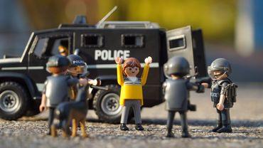 La Police boraine ne jouait pas: elle a réellement intercepté un couple qui avait dérobé... des boîtes de Playmobil
