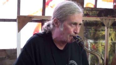 Steve MacKay était connu pour son rôle dans le groupe de rock américain The Stooges