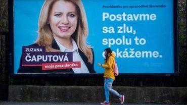 Les Slovaques élisent leur président