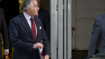 Le tribunal a confirmé dans l'ensemble les peines prononcées contre les principaux prévenus, réduisant toutefois de quatre ans la condamnation de l'ancien trésorier du PP Luis Barcenas, qui a écopé de 29 ans d'emprisonnement.