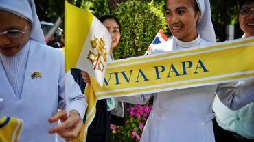 Le pape arrive en Thaïlande, première étape de sa tournée asiatique
