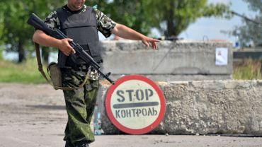 Ukraine: l'armée passe à la vitesse supérieure et entoure Donetsk