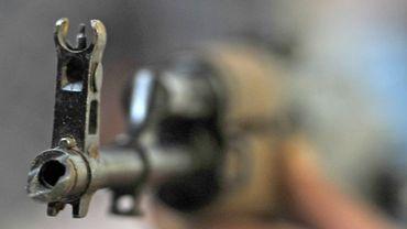 """Didier Reynders: """"Nous recherchons 10 personnes avec des armes lourdes"""""""