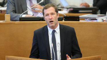 Paul Magnette au Parlement wallon