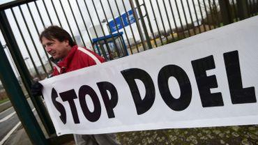Prolongation de centrales nucléaires: la Cour constitutionnelle renvoie à la Justice européenne les recours sur Doel 1 et 2
