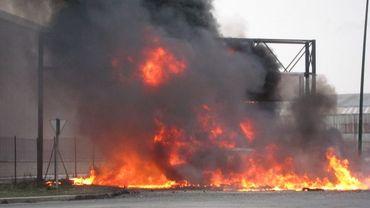 """ArcelorMittal: """"On est en train de mourir"""", commentent les travailleurs"""