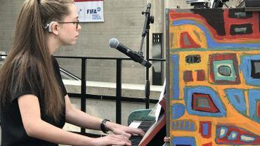 CHU de Liège: sourde à 4 ans, Fanny joue aujourd'hui du piano grâce à des implants cochléaires