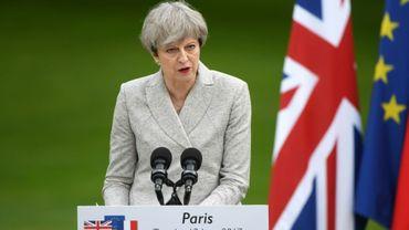 Calendrier Brexit.Engagee Sur Le Calendrier Du Brexit Theresa May Cherche Des