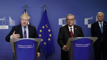 Le premier ministre britannique, Boris Johnson, et le président de la Commission européenne, Jean-Claude Juncker en conférence de presse ce jeudi 17 octobre