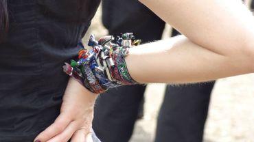Garder ses bracelets de festival : mauvais pour la santé ?