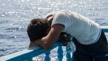 Au large de la Libye, neuf heures en mer à lutter pour sa vie