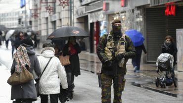 Près de 80% des commerçants de la rue Neuve dans le centre-ville de Bruxelles ont fermé boutique. Ceux situés dans le centre commercial City 2 sont tous fermés n'ayant pas eu le choix.