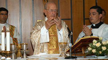 Marcial Maciel (c), fondateur de la congregation catholique des Légionnaires du Christ, le 15 août 2005 à Rome