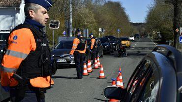 Belges, Néerlandais et Allemands appellent à ne pas franchir les frontières