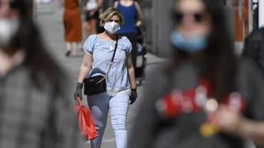 Le port du masque est désormais une obligation dans plusieurs commerces.